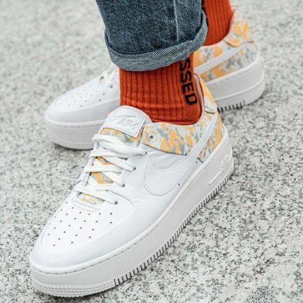 NIKE W AIR FORCE 1 SAGE LO PRM SNEAKERSY 36,5