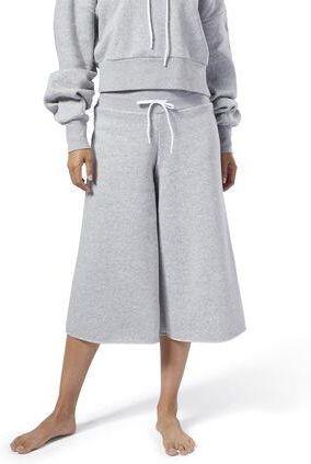 Nena F. Mango White Coat, Reebok Classic Beige knitwear