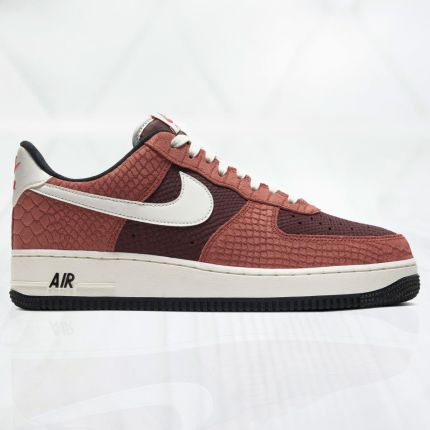 Buty Nike Air Force 1 Premium M CV5567 200 brązowe