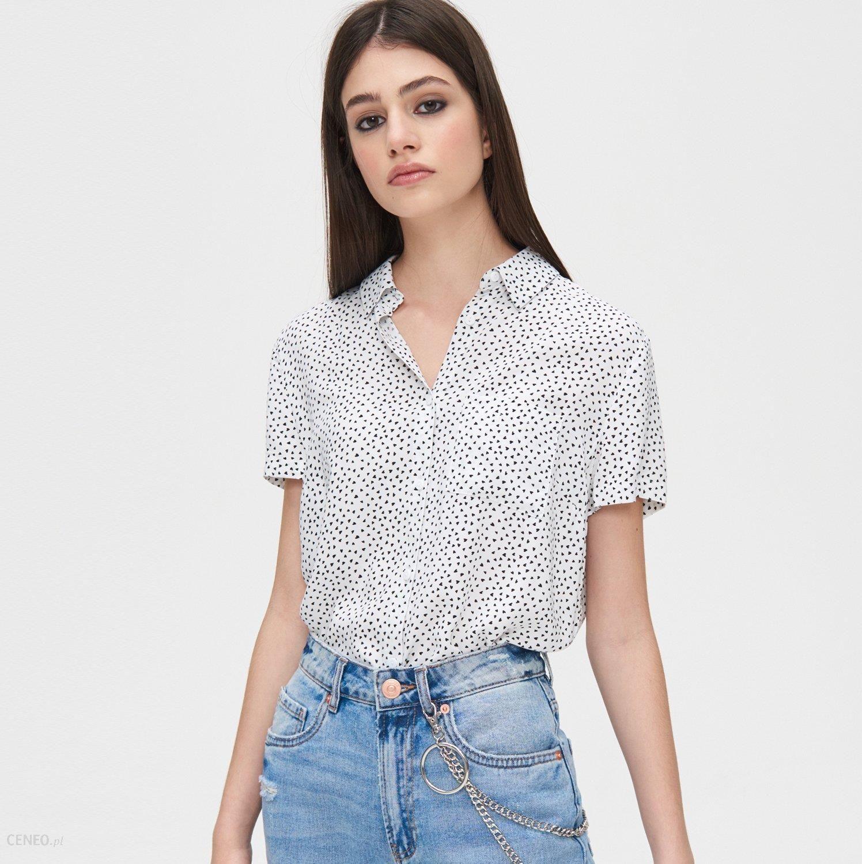 Cropp Gładka koszula z kieszonką Biały Ceny i opinie  erWwX