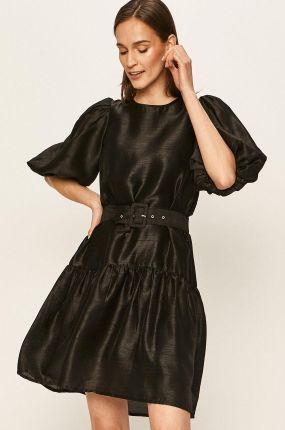 Czarna koronkowa sukienka odkryte ramiona Ceny i opinie