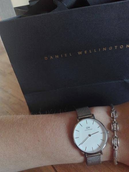 DANIEL WELLINGTON CLASSIC PETITE STERLING GREY DW00100220