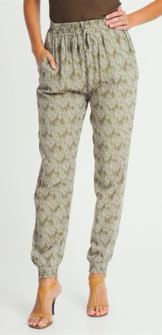 9df461a19e6ffd Spodnie damskie alladnki zielone Fresh Made - zielony