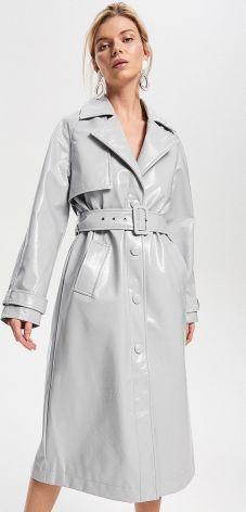 Reserved - Płaszcz z imitacji skóry lakierowanej - Jasny szar