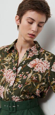 Koszula w kwiaty – do miasta czy na plażę? » Blog o modzie